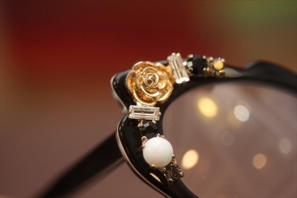 オトナの可愛いメガネ
